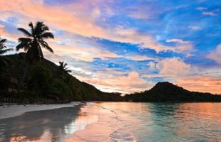 sunset-anse-cote-d-or-praslin-seychelles