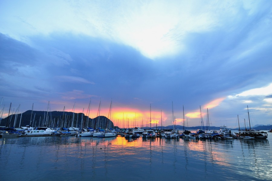 langkawi malaysia harbor sunset
