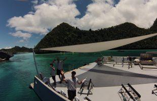 Raja Ampat M.Y. SuRi onboard in Wayag